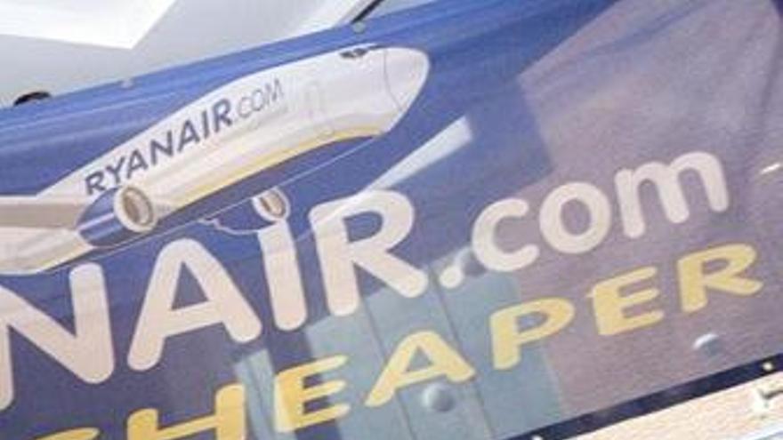 Ryanair sale de los 'números rojos' en el ejercicio 2009-2010