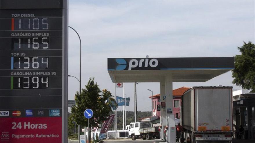 Portugal bajará el precio del gasóleo en cuatro puntos fronterizos con España