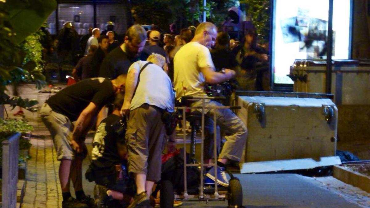 Personal técnico del equipo de rodaje en la calle Robayna / Tenerife Ahora
