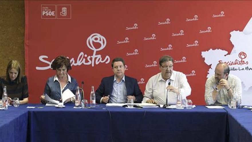 """Page descarta gobernar en coalición con Podemos y promete no hacer """"locuras"""""""