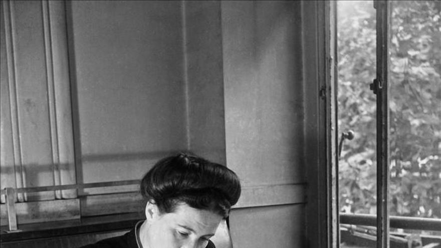 Simone de Beauvoir, la filósofa que liberó a las mujeres ...y a los hombres
