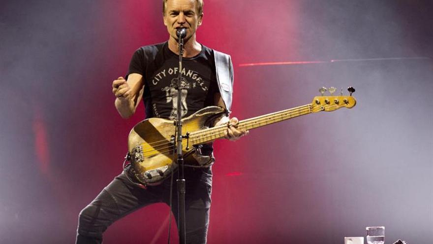 El espíritu de The Police sobrevuela el concierto de Sting en Barcelona