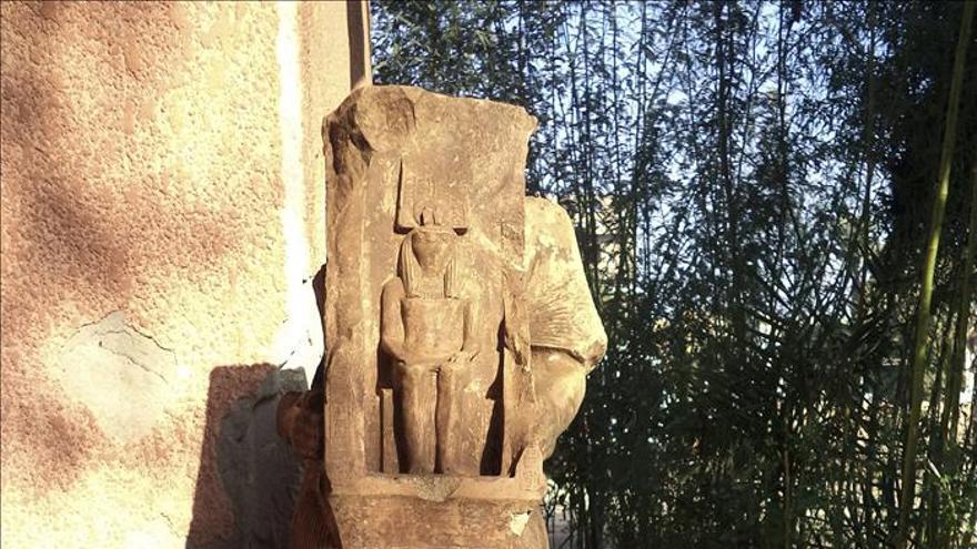 Descubren dos estatuas faraónicas de hace 3.500 años en un templo de Luxor