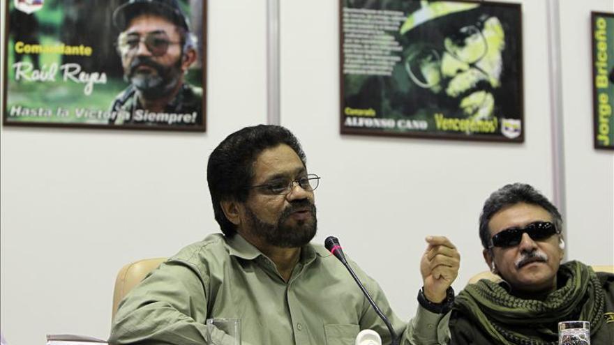 """Las FARC reivindican su derecho a retener """"prisioneros de guerra"""" en Colombia"""