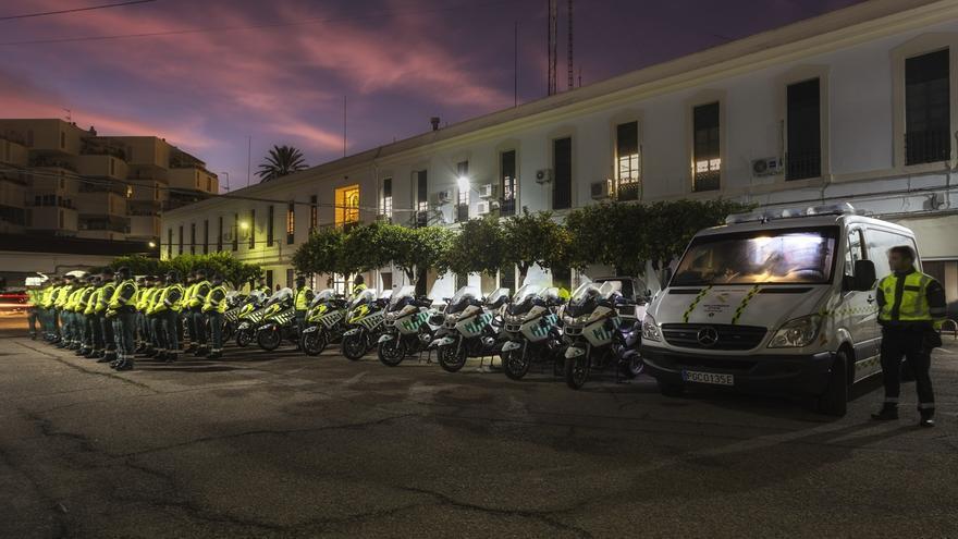 La Escuela de Tráfico de la Guardia Civil de Mérida tiñe de amarillo y verde la provincia de Córdoba