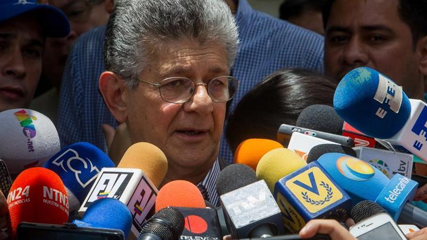 El diálogo entre oposición y Gobierno de Venezuela solo es por el referendo