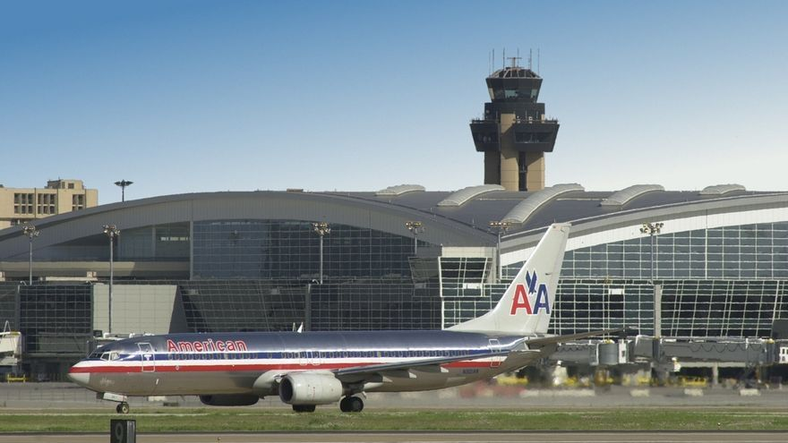American Airlines y US Airways confirman el inicio de conversaciones para una posible fusión