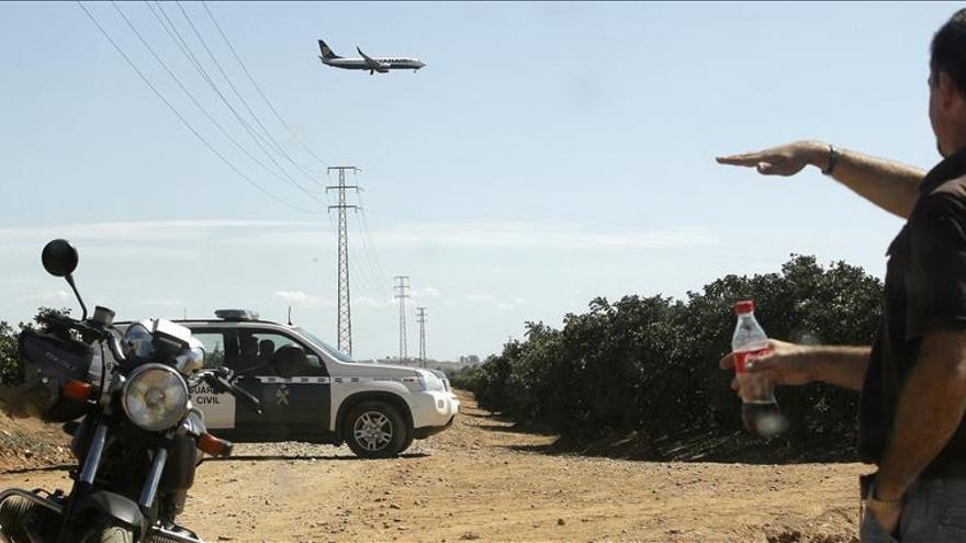 El piloto del ultraligero accidentado en Sevilla murió mientras volaba/EFE