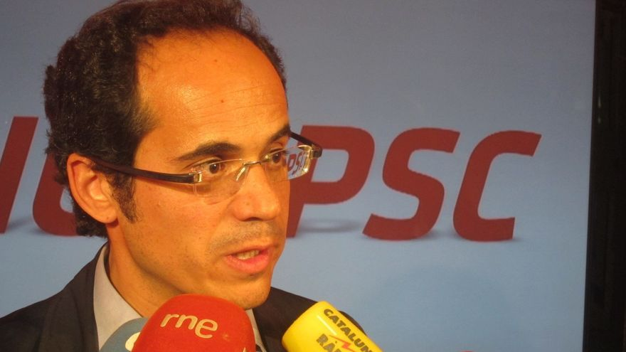 """El PSC presume de haber """"convencido"""" al PSOE para apostar por una reforma constitucional hacia un Estado federal"""