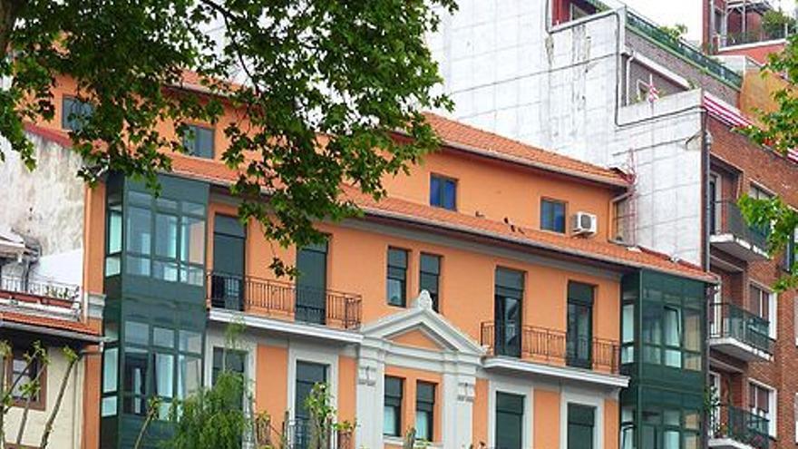El asaltante del campus de Leioa compró el arma en Milanuncios y la recibió en el cuartel de la Guardia Civil en Bilbao