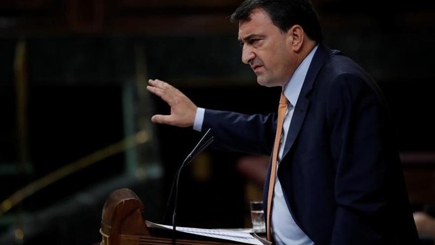 Esteban (PNV):Si el PP aplica el artículo 155 en Cataluña nos tendrá enfrente