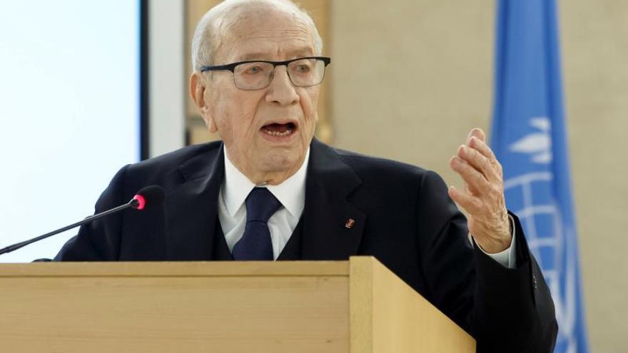 El presidente de Túnez sale del hospital tras cinco días ingresado grave