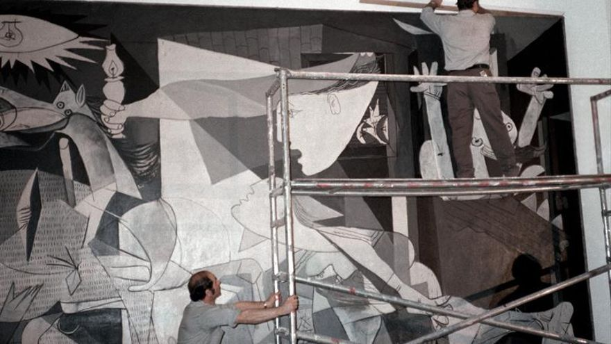 """Borja-Villel: """"El 'Guernica' no se restaurará"""""""