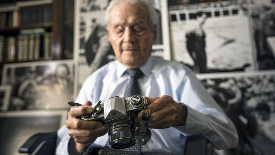"""Fallece a los 103 años el histórico fotógrafo Francisco Cano """"Canito"""""""