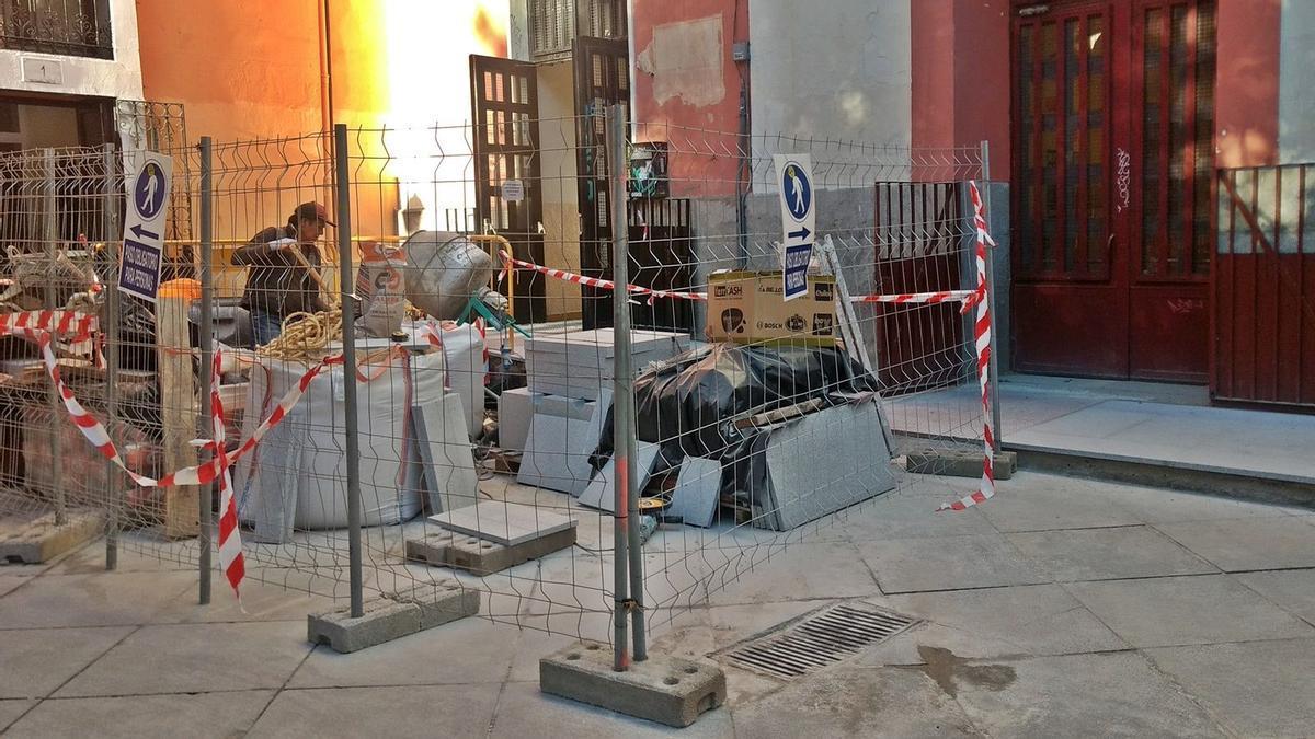 Imagen de archivo de las obras realizadas en 2019 en la entrada de El Duende