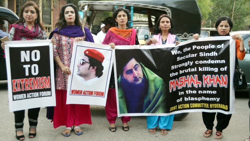 Pakistán sale a la calle por el asesinato de Mashal Khan // EFE