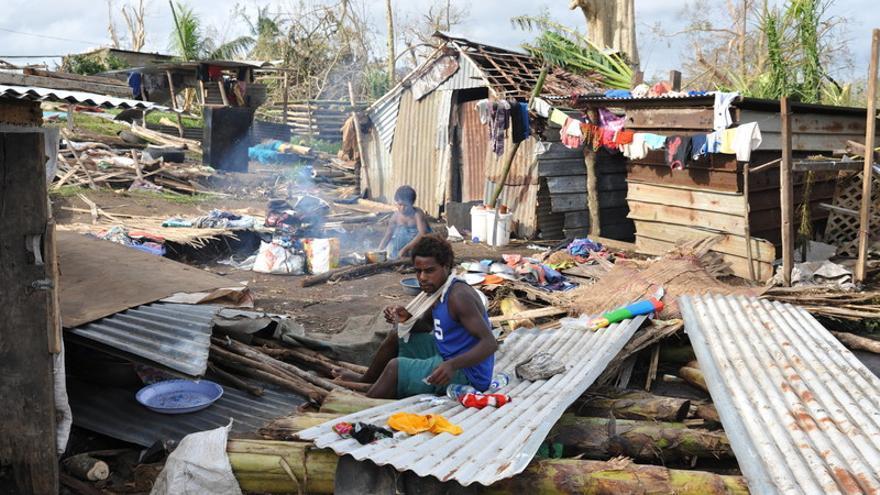 Miles de personas se han quedado sin hogar en Vanuatu tras el impacto del ciclón Pam. (c) Philippe Metois / Oxfam