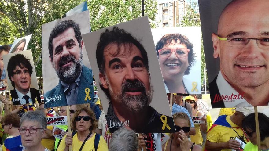 Manifestación en Barcelona. OMNIUM CULTURAL.