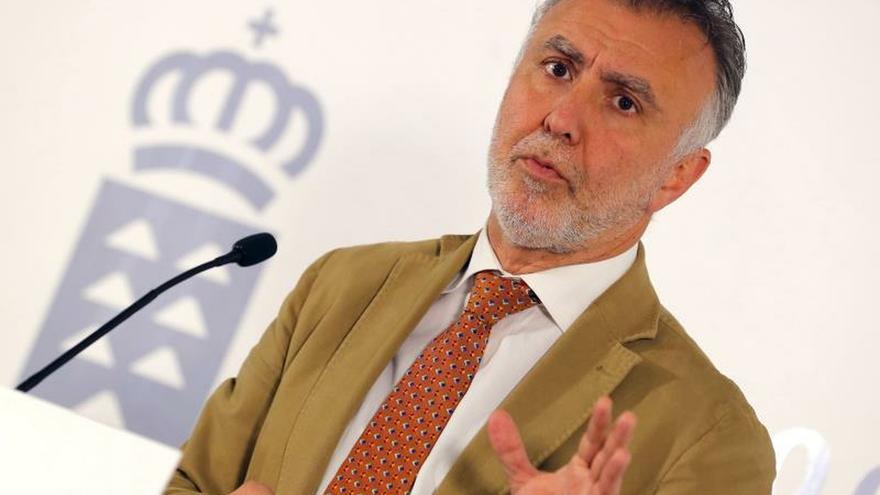 El Gobierno de Canarias pide al Estado una cumbre migratoria este mes
