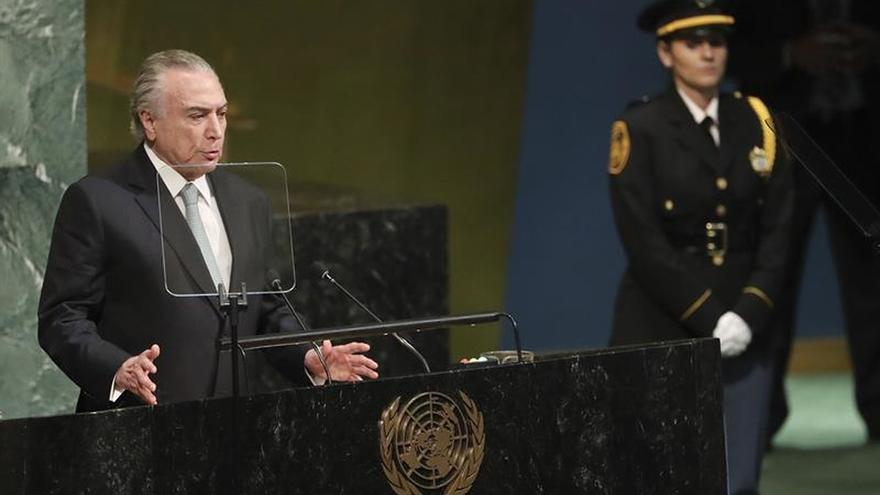Temer dice que en Suramérica no hay margen para alternativas a la democracia