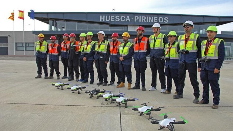 El Aeropuerto de Huesca es usado como centro de formación para pilotos de aviones y drones.