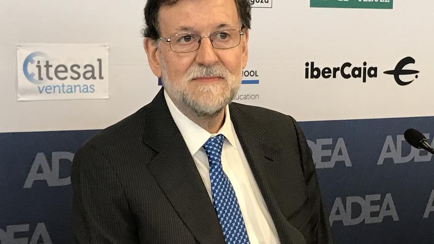 """Rajoy espera que """"el daño a España"""" de Sánchez """"no sea excesivo"""" y avisa del """"error"""" de derogar reformas que funcionan"""