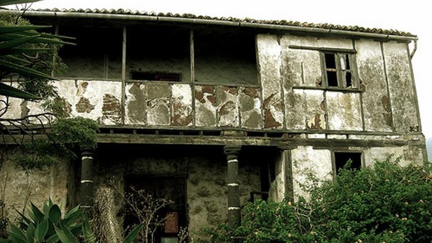 Imagen de archivo de  la Casa de Fierro-Torres y Santa Cruz, en Breña Baja, un Bien de Interés Cultural (BIC) declarado desde 1988 con categoría de monumento.