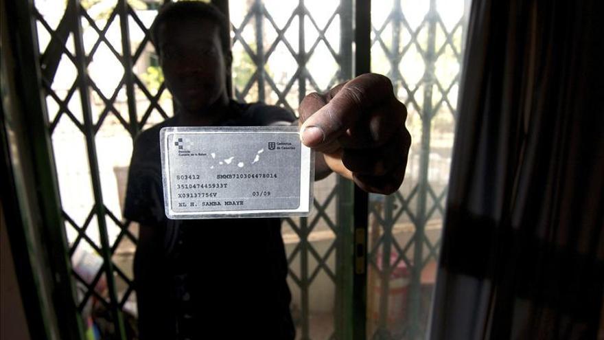 Médicos del Mundo asegura que algunas CCAA no atienden a menores inmigrantes