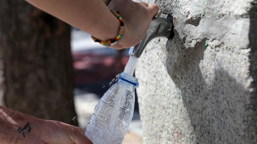 Salud recomienda extremar las precauciones ante las altas temperaturas previstas los próximos días en Navarra