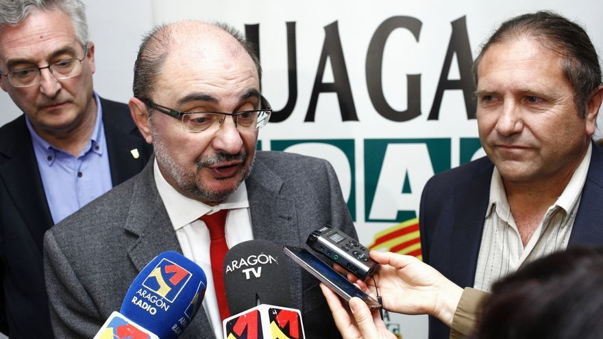 """Lambán afirma que ETA está """"derrotada"""" y que el desarme debe realizarse """"a cambio de nada"""""""