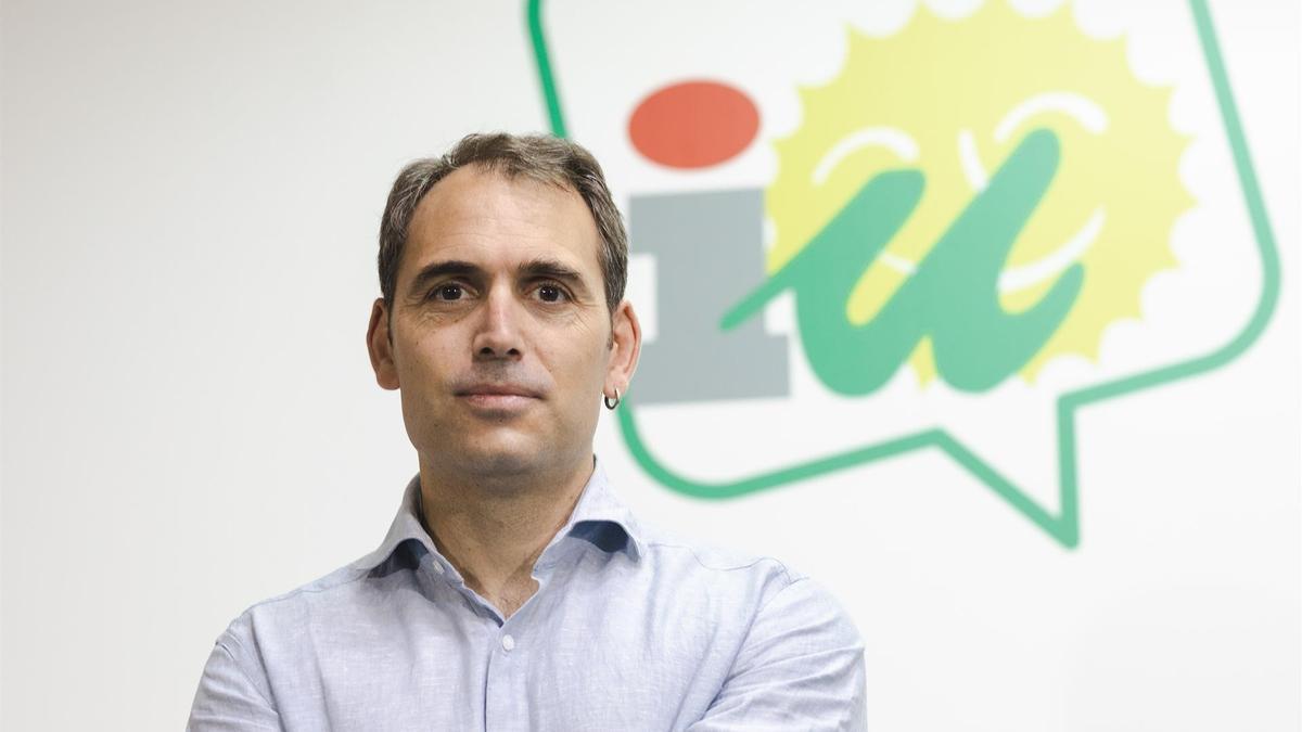 El coordinador general de IU en Andalucía, Toni Valero.