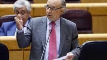 Montoro ordena la retirada del recurso contra la OPE en la Ertzaintza