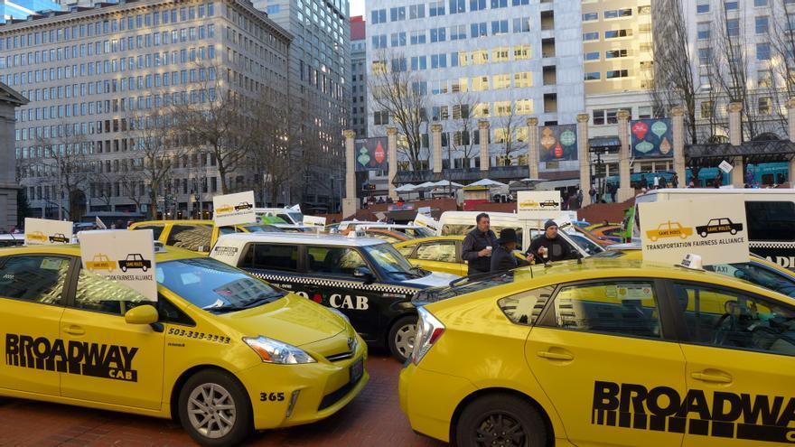 Uber intenta aprovecharse de la ineficacia de la industria del taxi para conseguir un monopolio