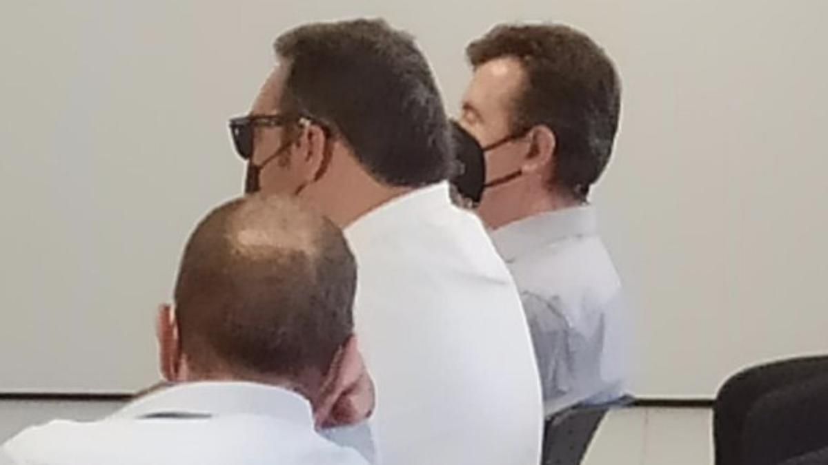 A la derecha, el empresario Jaime Febrer.