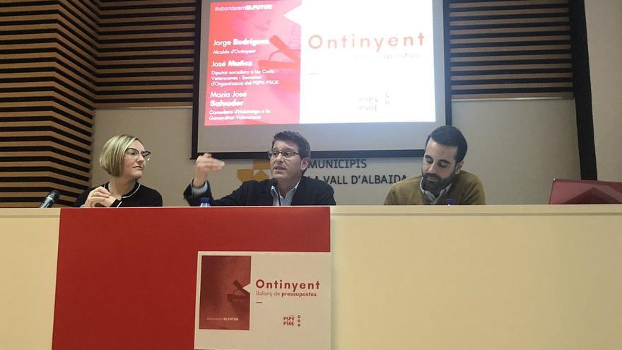 Imagen del acto del PSPV en el que han participado María José Salvador, Jorge Rodríguez y José Muñoz
