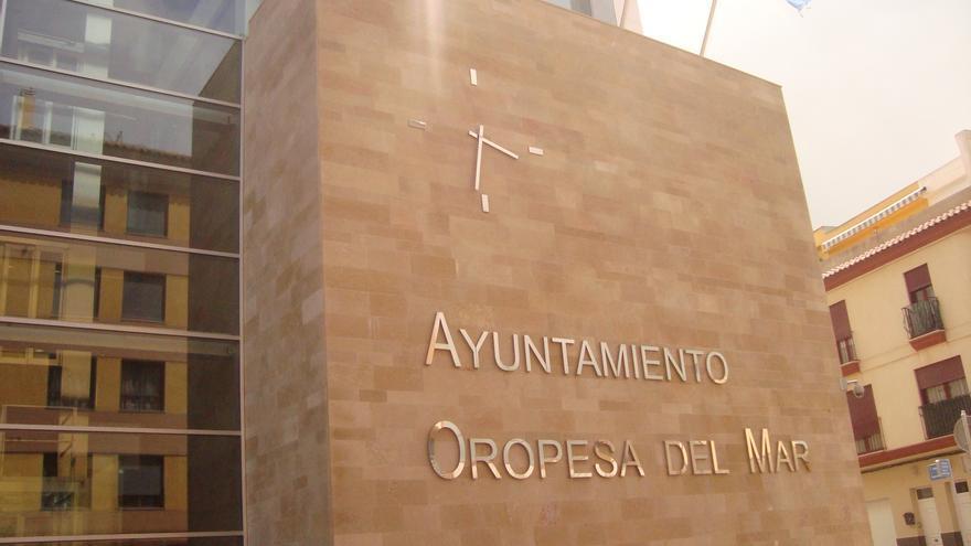 Facahada del Ayuntamiento de Oropesa