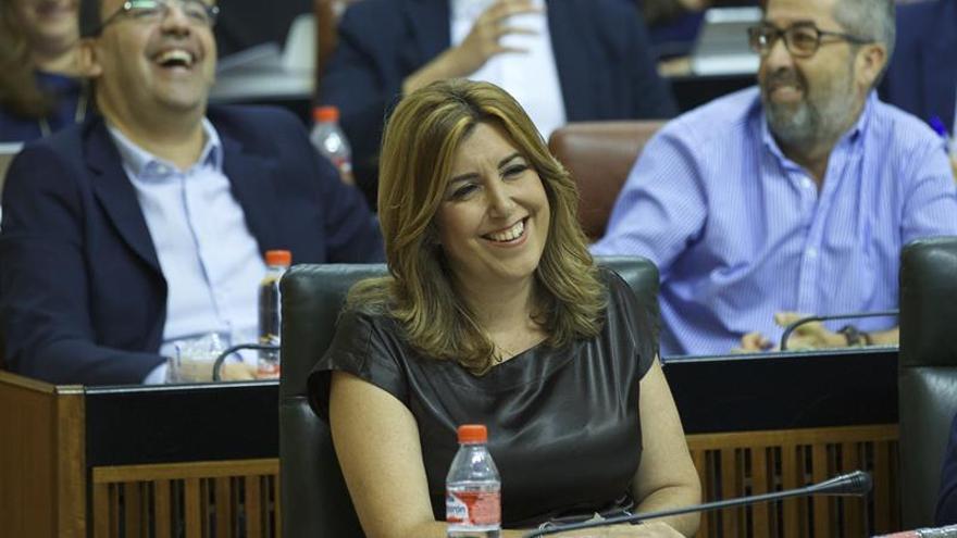Susana Díaz valora la oferta de colaboración de Podemos en la financiación autonómica