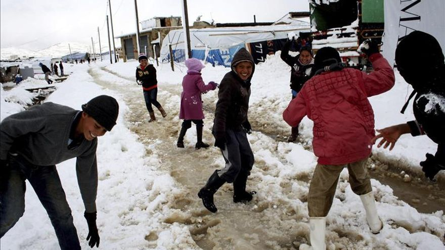 """Líbano considera """"inevitable"""" crear campos de refugiados sirios"""