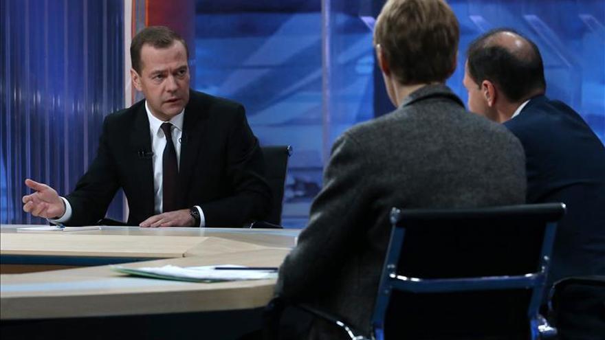 """Medvédev: Ucrania no pagará su deuda a Rusia porque """"son unos estafadores"""""""
