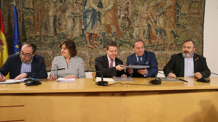 Firma del acuerdo del Plan de Empleo y Garantías de Renta de Castilla-La Mancha
