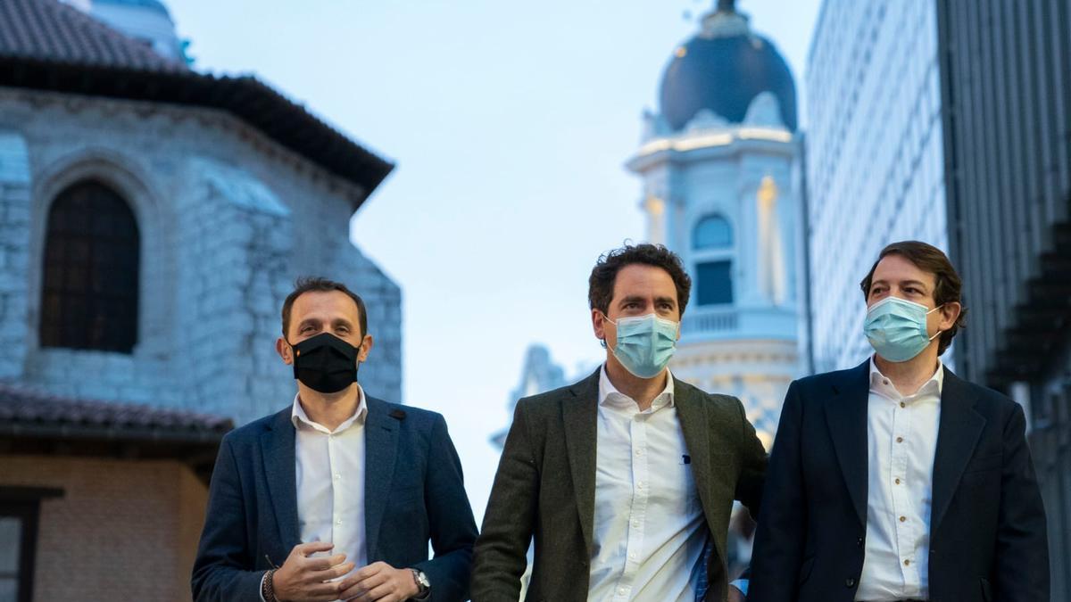 Conrado Íscar, Teodoro García Egea y Alfonso Fernández Mañueco.