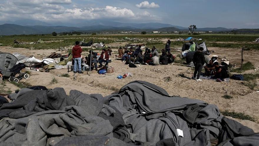 Una docena kurdos sirios inician huelga de hambre en Lesbos para pedir asilo