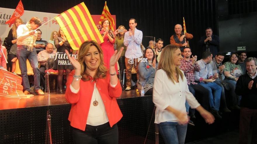 """Susana Díaz subraya que """"con un socialista al frente"""" España """"se vuelve imparable"""""""