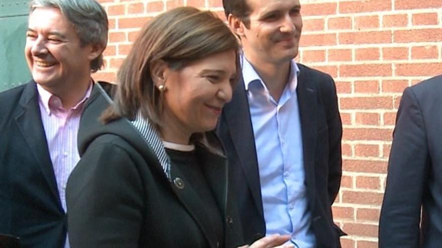 La dirigente valenciana del PP Isabel Bonig copn Pablo Casado en noviembre de 2017.
