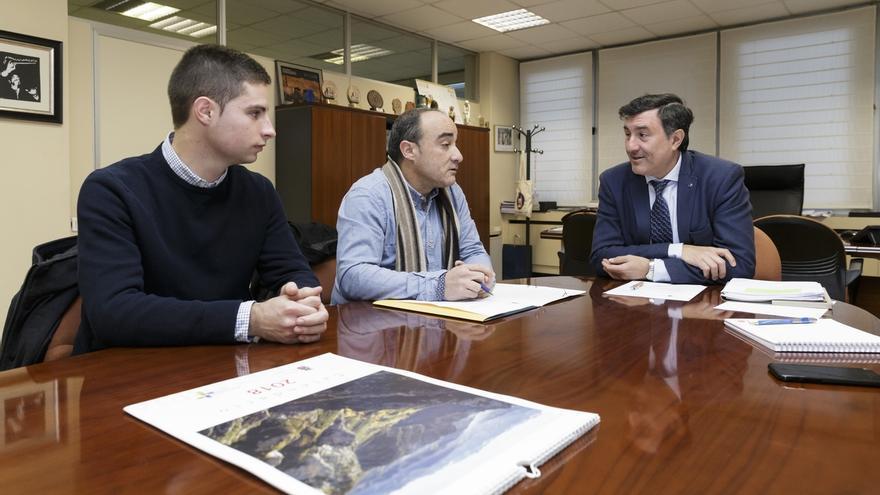 El Gobierno de Cantabria cubrirá este año la pista polideportiva