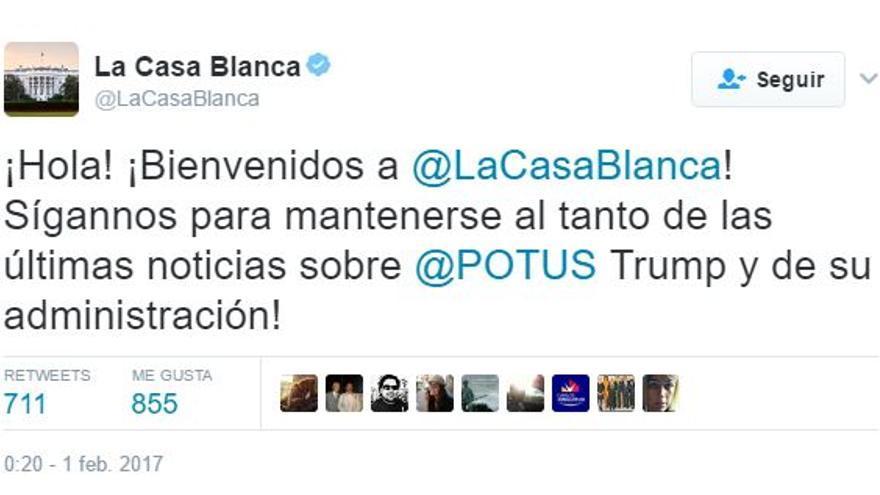 La administración Trump lanza el primer tuit desde la cuenta de la Casa Blanca en español.