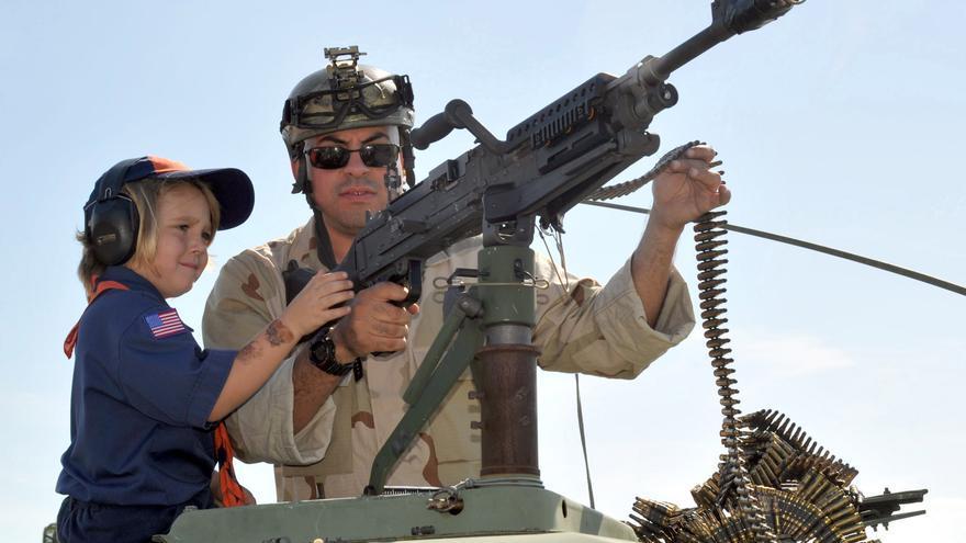 La cultura de las armas de EE.UU ha generado una falta de temor hacia su uso por parte de los menores