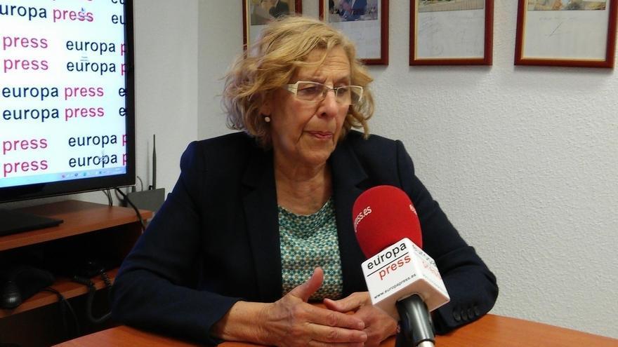 Manuela Carmena advierte a Podemos de la importancia de la autocrítica y de reconocer los errores