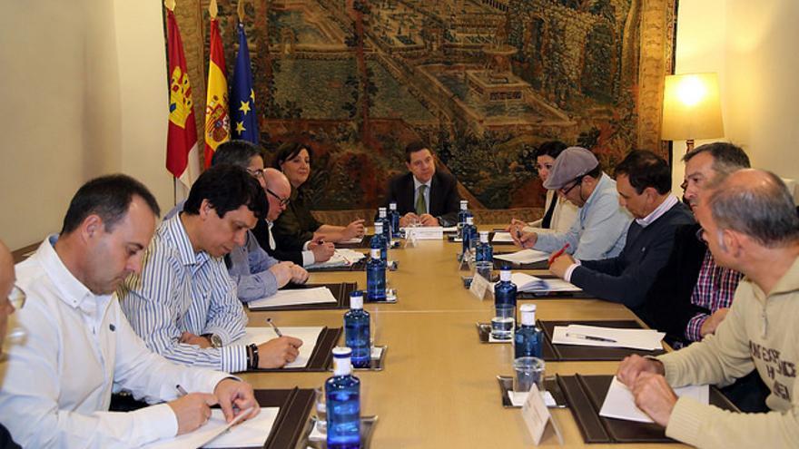 Reunión del presidente de Castilla-La Mancha con los sindicatos de Elcogas / JCCM
