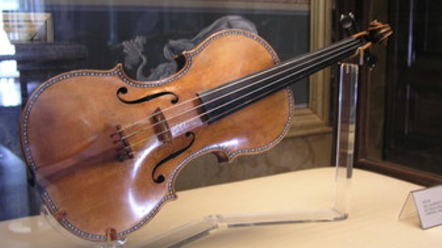 Violín Stradivarius de la colección del Palacio Real de Madrid